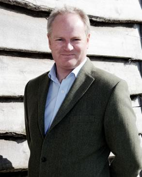 Mr Richard Williams DipPFS
